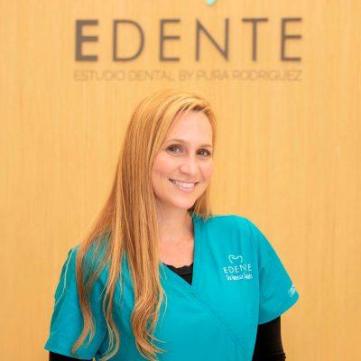 Dra.-Vanessa-Consolato-Odontologo